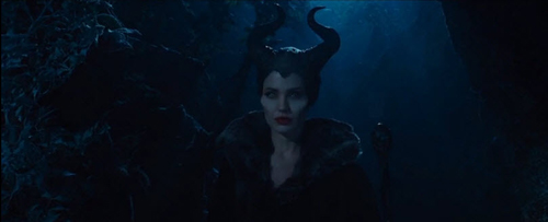 angelina jolie dep lanh lung trong maleficent - 4