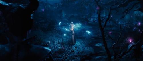 angelina jolie dep lanh lung trong maleficent - 7