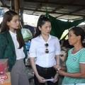 Làng sao - Lệ Quyên, Hà Hồ giúp người dân vượt bão