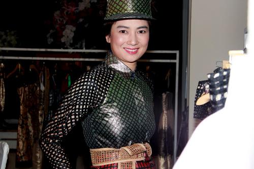 thúy vinh giải nghẹ nhung chan khong cùn - 1