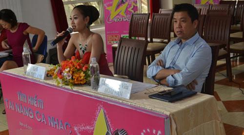 """ga cung"" dam vinh hung lan dau ngoi ghe nong - 2"
