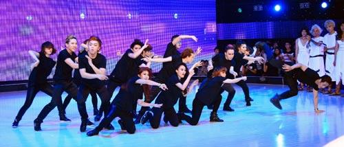 giam khao got to dance thieu... dam me - 1