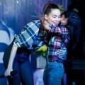 Làng sao - Hồ Ngọc Hà đón sinh nhật sớm cùng fan Hà Nội