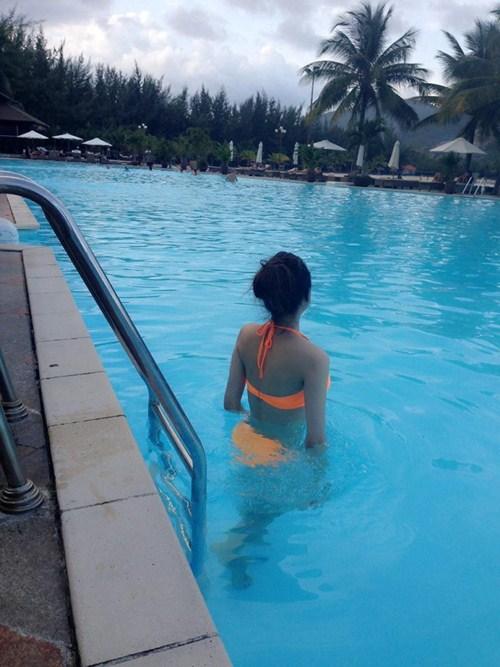 huong giang idol khoe dang nuot voi bikini - 5