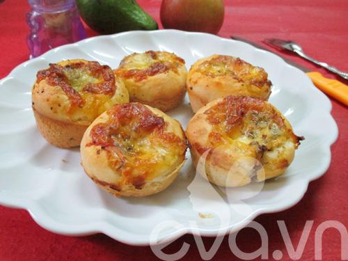 thu lam banh pizza cupcake nao! - 14