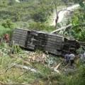 Tin tức - Xe tải lao xuống vực, 3 người tử vong tại chỗ