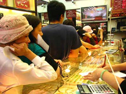 vang chinh thuc mat moc 36 trieu dong/luong - 1