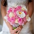 Nhà đẹp - 2 mẫu hoa cưới đẹp 'xao lòng' mọi cô dâu
