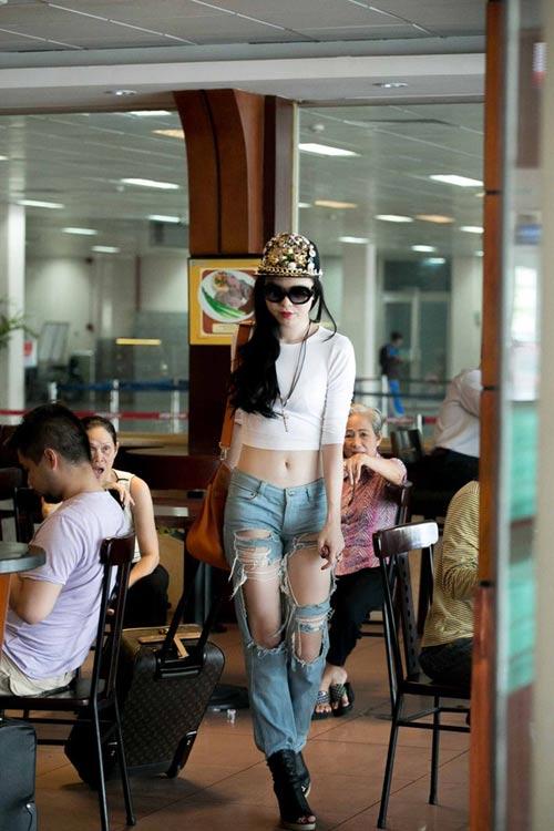 thanh hang dieu da dien vay xuong pho - 11