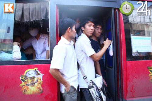xe tet: lo ngai un tac cuc bo tuyen thai binh, thanh hoa - 1