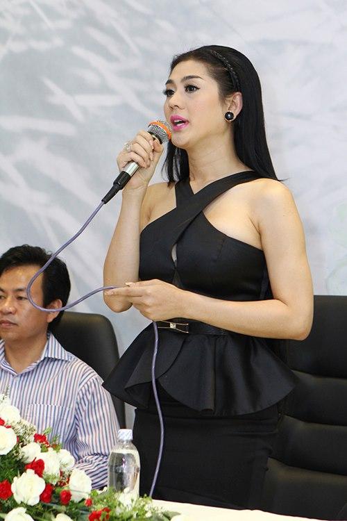 lam chi khanh: sau chuyen gioi, suc khoe toi yeu di - 6