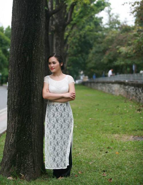 """eva talk: """"minh tin ao dai se khong mai mot"""" - 2"""