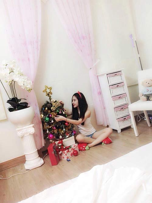 angela phuong trinh don giang sinh som tai nha - 3