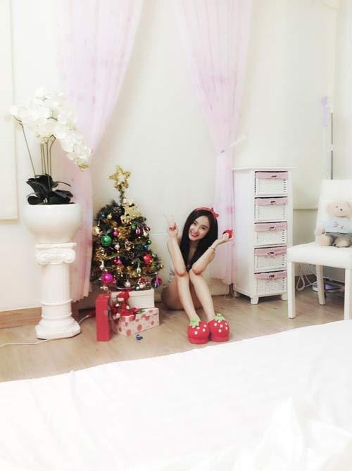 angela phuong trinh don giang sinh som tai nha - 5