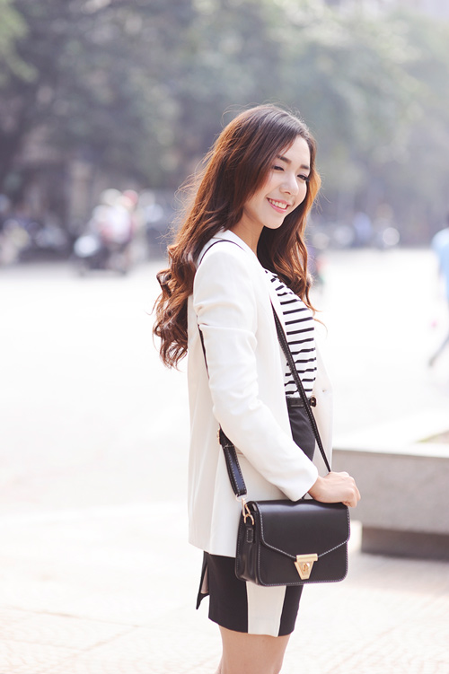 4 cach dien blazer trang thanh lich ngay dong - 2