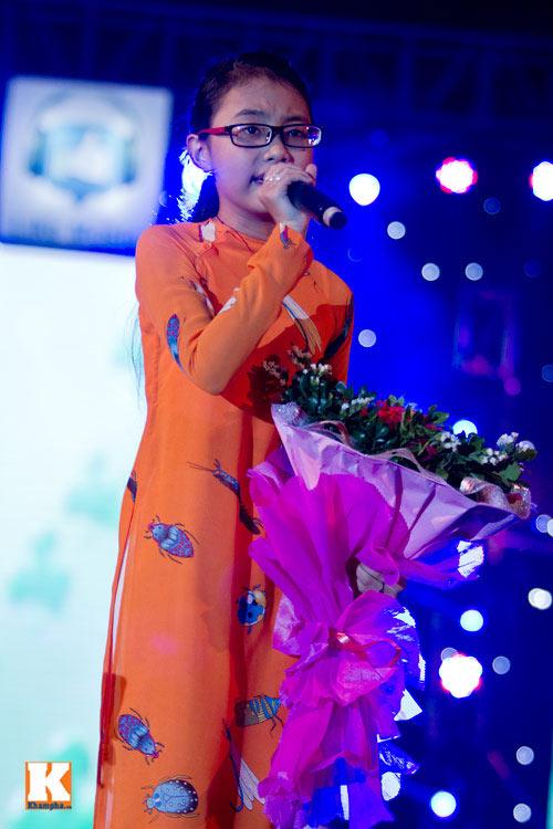 psy nhi lam nong san khau ha noi - 13