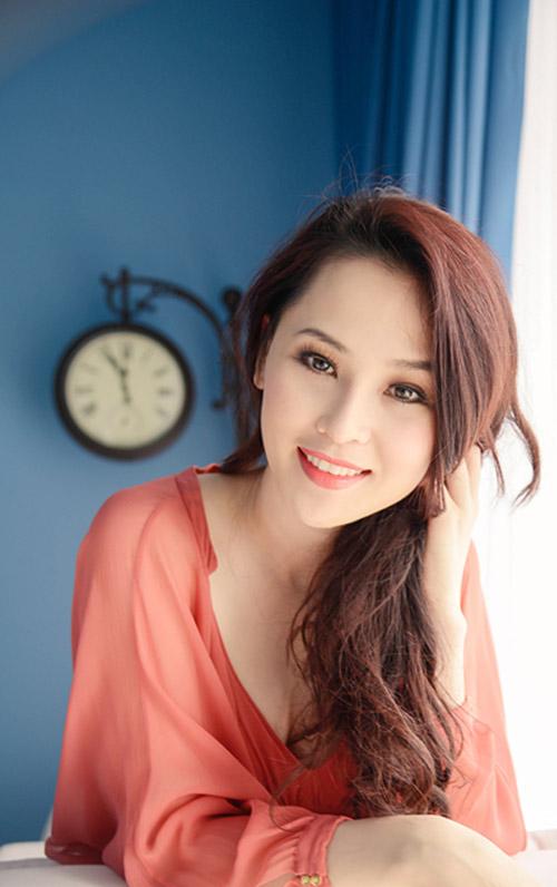phuong mai lung mun, lam chi khanh xuong sac - 12