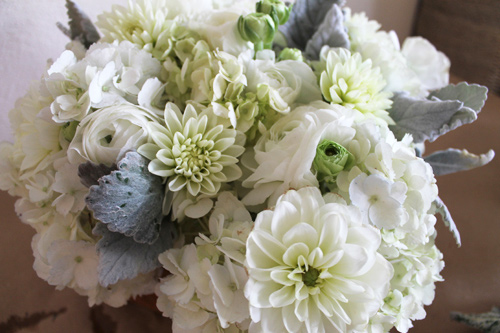 hoa trang tinh khoi cho ngay cuoi tron ven - 7