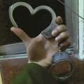 Tình yêu - Giới tính - Chàng công an tỏ tình...bằng còng số 8!