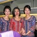 Làm đẹp - Khách 'buồn' vì tiếp viên hàng không quá xấu