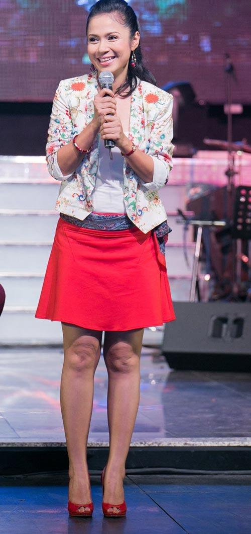 "viet trinh: ""hot girl kha ngan khong he non not"" - 1"