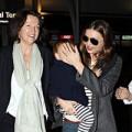 Làng sao - Miranda Kerr khoe ảnh bên mẹ và bà nội