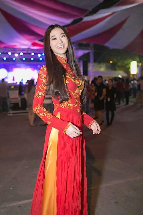 "khanh my ""do"" ao dai long phung voi ngoc quyen - 2"