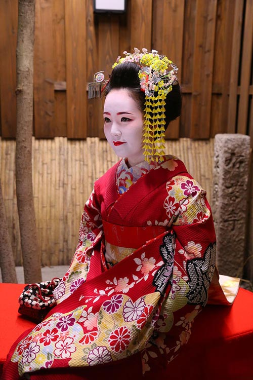 ngo ngang ngam a hau thuy van hoa geisha - 2