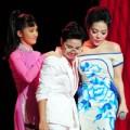 """Làng sao - Hà Linh """"đứng hình"""" vì lời nói của Hồng Nhung"""
