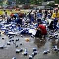 Tin tức - Đã xác định được nhiều người hôi 1.400 két bia