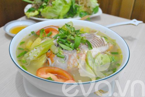 5 mon canh ham nong bua com ngay lanh - 6