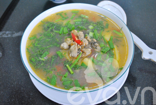 5 mon canh ham nong bua com ngay lanh - 7