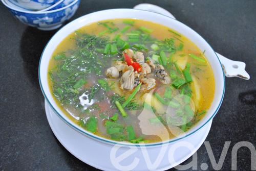5 mon canh ham nong bua com ngay lanh - 8