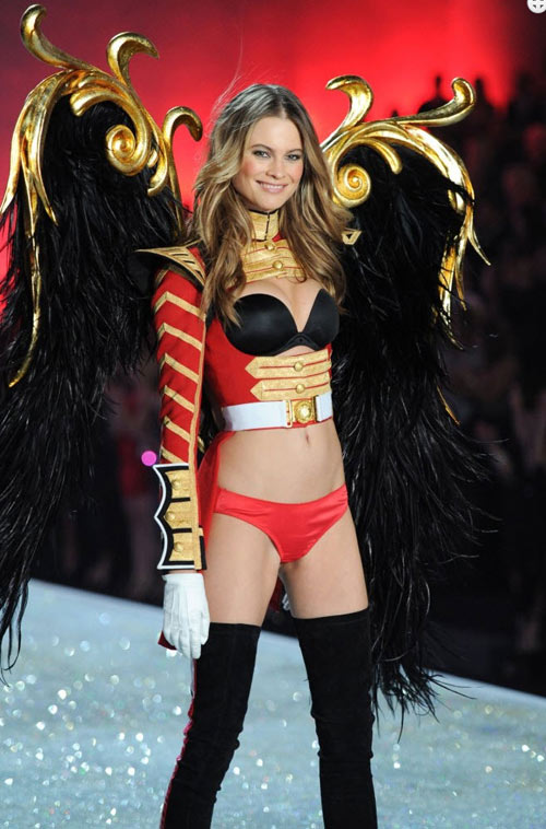 video: man nhan voi victoria's secret show 2013 - 6