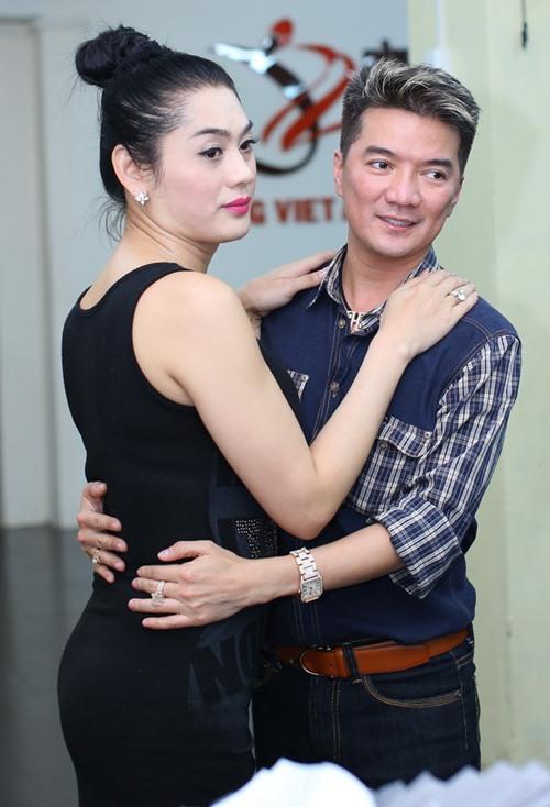 lam chi khanh tich cuc chuan bi cho liveshow - 10