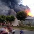 Tin tức - Cháy dữ dội, trăm người kinh hoàng tháo chạy