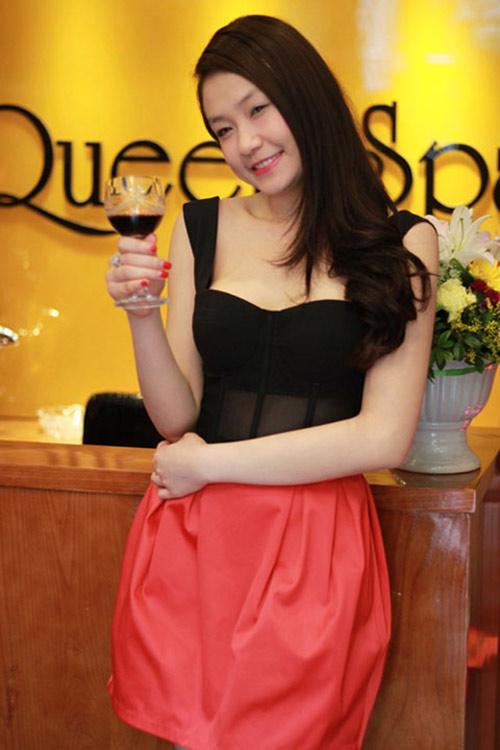 3 hot girl 'bi an' xinh dep nhat 2013 - 13