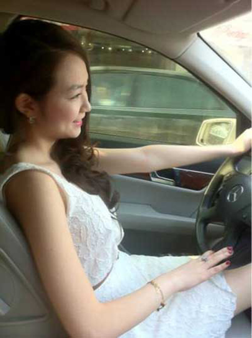 3 hot girl 'bi an' xinh dep nhat 2013 - 14