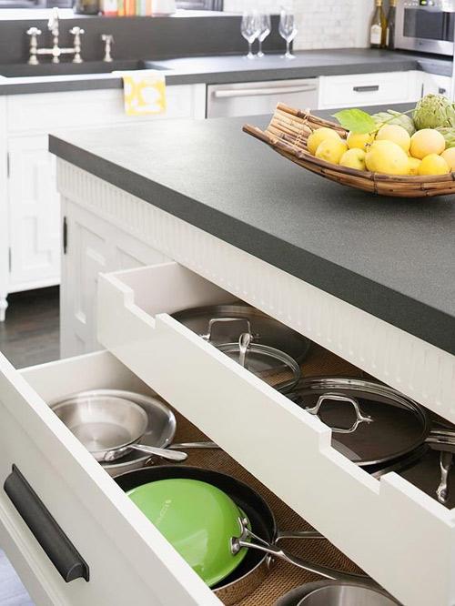 Ấn tượng mẫu tủ bếp đẹp và cực tiện - 1