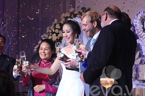 vo chong ngo phuong lan nang ly mung hanh phuc - 4