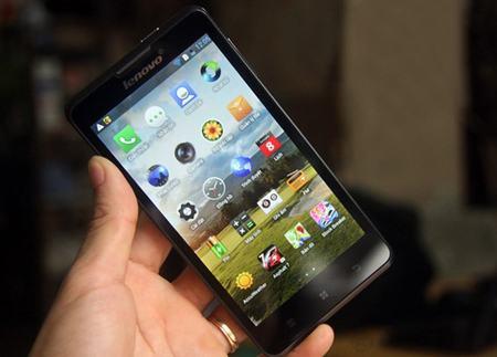 top nhung smartphone pin trau tai viet nam 2013 - 2