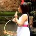 Clip Eva - Việt Hương là cô bé quàng khăn đỏ
