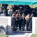 Làng sao sony - Đám tang Paul Walker được tổ chức riêng