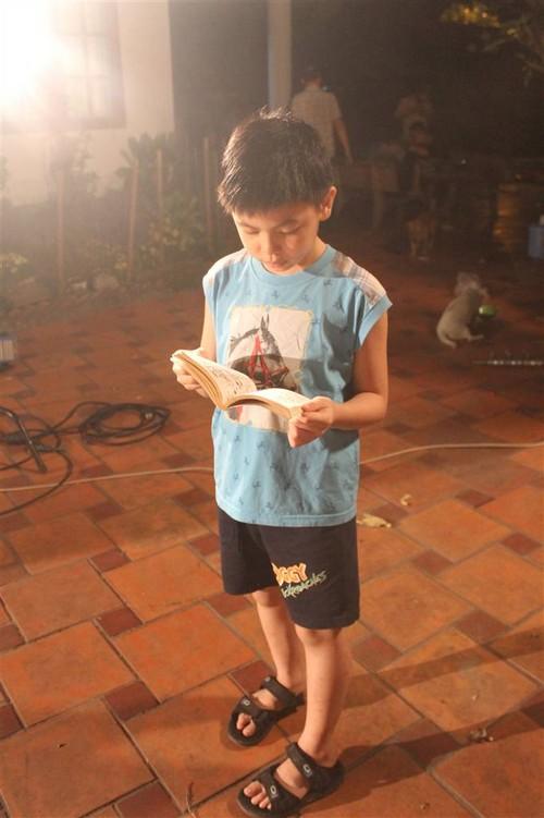 "con trai cat phuong ""cuc kho"" hoc bai o phim truong - 3"