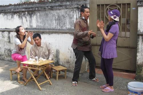 "con trai cat phuong ""cuc kho"" hoc bai o phim truong - 9"