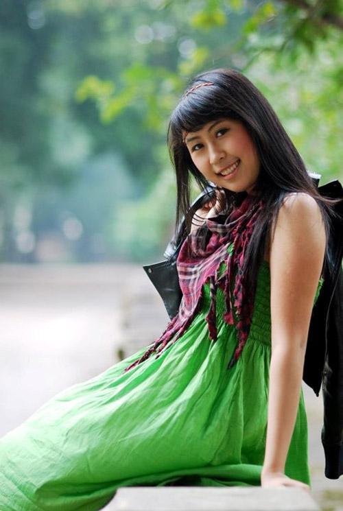 hot girl viet lam phien dich cho tong thong - 5