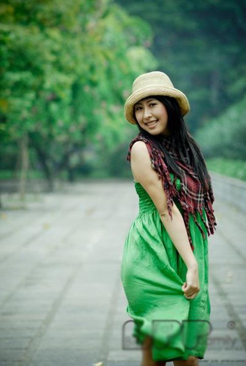 hot girl viet lam phien dich cho tong thong - 3