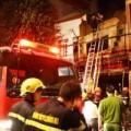 Tin tức - Cháy tiệm may bọc yên xe, 5 người chết