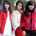 Thời trang - Sắc đỏ ngập tràn trên phố Noel Hà Nội