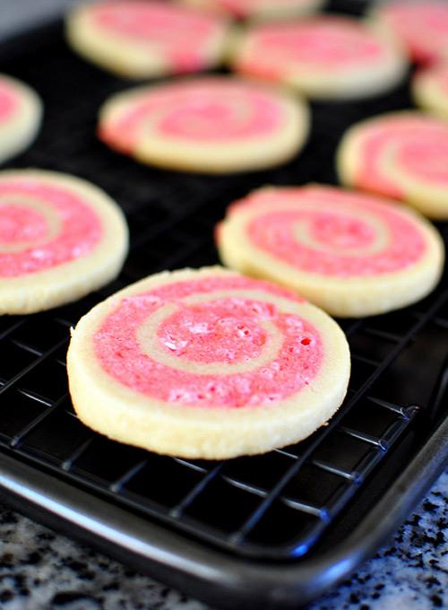 Nhâm nhi bánh quy cuộn hai màu - 7